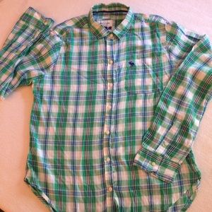 ABERCROMBIE & FITCH BUTTON DOWN SHIRT M